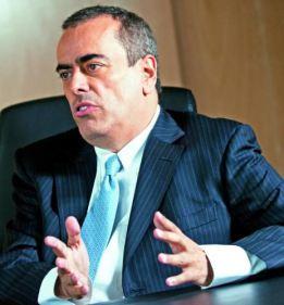 andrc3a9-arac3bajo-presidente-da-shell-critica-contec3bado-local